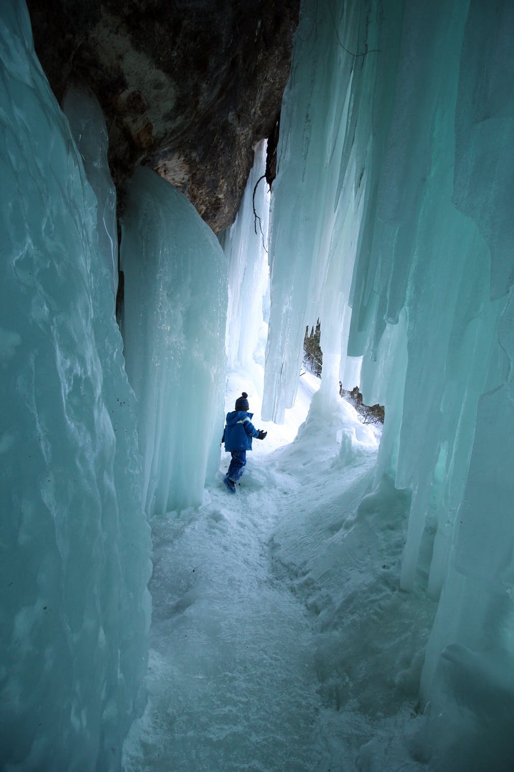 The Ice Cave: Is It Safe To Drive On It?